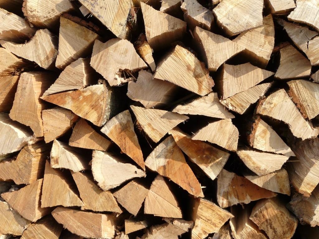 chauffage bois avantages de se chauffer au bois. Black Bedroom Furniture Sets. Home Design Ideas